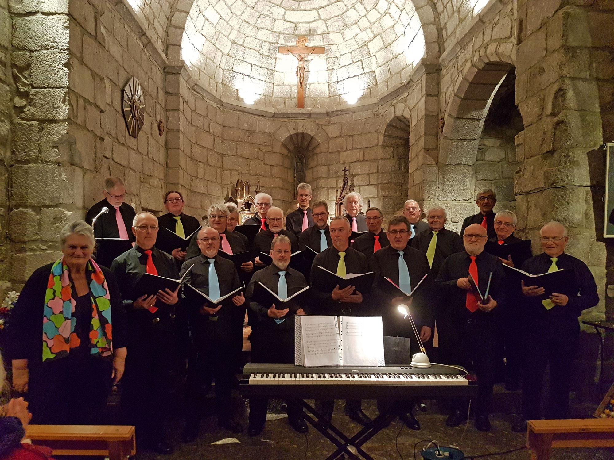 Samedi 24 mars, l'église de Fau de Peyre accueillait le chœur d'hommes de Chatel-Vendon sous la direction de Madame Hélène Delage, leur chef de chœur. Mélomanes ou simples spectateurs ont été émerveillés par la qualité de ce concert...